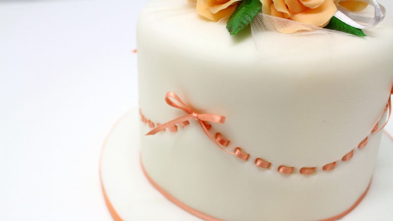 Birthday cake with ribbon insertion
